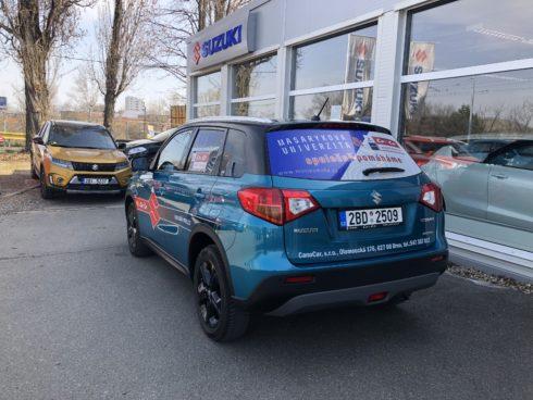 Autoperiskop.cz  – Výjimečný pohled na auta - SUZUKI POMÁHÁ – PŘEDVÁDĚCÍ VOZY NYNÍ SLOUŽÍ NEJPOTŘEBNĚJŠÍM