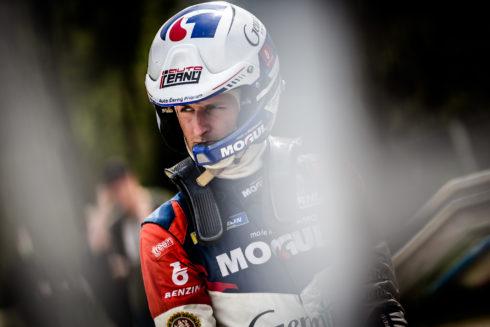 Autoperiskop.cz  – Výjimečný pohled na auta - Jan Černý znovu za volantem závodního vozu