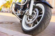 Autoperiskop.cz  – Výjimečný pohled na auta - Klíčová role pneumatik i obrana proti rostoucímu počtu krádeží – jak se starat o svůj motocykl?