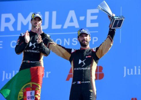 Autoperiskop.cz  – Výjimečný pohled na auta - DS Techeetah, současný lídr v pořadí jezdců i týmů mistrovství ABB FIA Formula E, se 5. srpna vrací na závodní dráhu s cílem získat nové tituly!