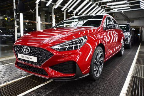 Autoperiskop.cz  – Výjimečný pohled na auta - Z Nošovic do Evropy již míří kompletní modelová řada nového Hyundai i30. Automobilka zahájila také výrobu sportovně laděné verze N Line.
