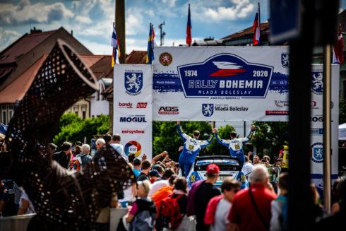 Autoperiskop.cz  – Výjimečný pohled na auta - Pech ovládnul letošní Rally Bohemia