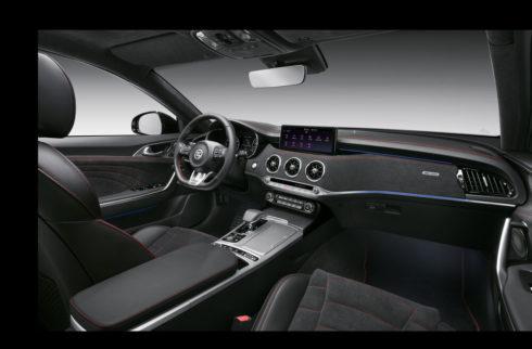 Autoperiskop.cz  – Výjimečný pohled na auta - Modernizovaný Stinger představuje další technologie, vyšší výkon a vysokou míru bezpečnosti