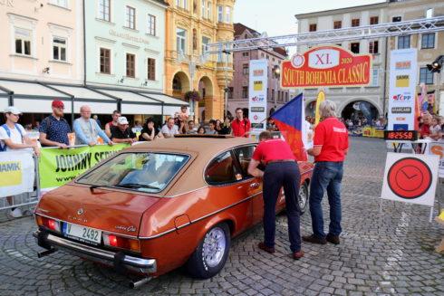 Změna plánů umožnila start na setinové rallye klasických vozů