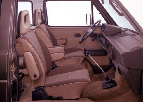 35 let modelu Multivan: první osobní automobil, MPV a kempovací vůz v jednom