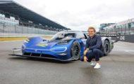Autoperiskop.cz  – Výjimečný pohled na auta - Nico Rosberg testuje elektrický závodní vůz ID.R