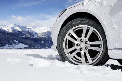 Goodyear UltraGrip Performance+ vyhrály test zimních pneumatik magazínu Auto Bild allrad