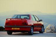Autoperiskop.cz  – Výjimečný pohled na auta - Peugeot 405 T16, předchůdce modelu 508 Peugeot Sport Engineered, byl v 90. letech ztělesněním konceptu sportovního sedanu