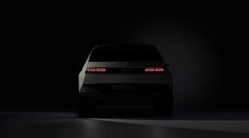 Hyundai Motor Company vyvolává nemalá očekávání prvními fotografiemi modelu IONIQ 5