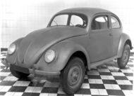 Autoperiskop.cz  – Výjimečný pohled na auta - Před 75 lety ve Wolfsburgu: Zahájení sériové výroby modelu Volkswagen Brouk