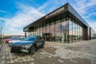 Autoperiskop.cz  – Výjimečný pohled na auta - Hyundai rozvíjí svou dealerskou síť, otevřel i největší showroom v České republice