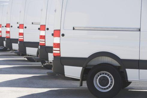 Pětina firem v Česku financuje své vozy operativním leasingem. U malých firem a živnostníků loni rekordně narostla poptávka.