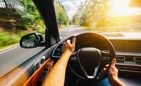 Jak snižovat uhlíkovou stopu za volantem