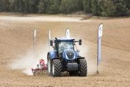 Autoperiskop.cz  – Výjimečný pohled na auta - Bridgestone zavádí 10letou záruku na zemědělské pneumatiky
