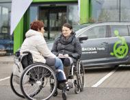 Autoperiskop.cz  – Výjimečný pohled na auta - ŠKODA AUTO s partnery vydává průvodce bezbariérovou mobilitou a opět otevírá grantový program ŠKODA NEŘÍDIT