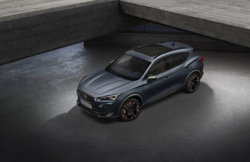 Crossover SUV CUPRA Formentor získal ocenění Red Dot Award 2021 v kategorii Produktový design