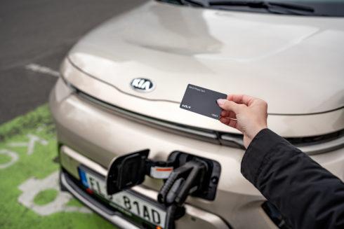 S novou nabíjecí kartou Kia nabijete elektromobil na většině nabíječek v Česku