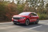 Autoperiskop.cz  – Výjimečný pohled na auta - Pro model ENYAQ iV se rozhodlo ještě před uvedením téměř 400 zákazníků, dnes vstupuje oficiálně na český trh