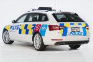 Autoperiskop.cz  – Výjimečný pohled na auta - První ŠKODA SUPERB COMBI pro policii na Novém Zélandu