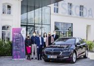 Autoperiskop.cz  – Výjimečný pohled na auta - ŠKODA AUTO podporuje vzdělávání žen a dětí v oblasti IT