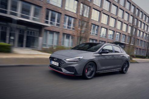 Ostré modely i20 N a i30 N přijíždějí na český trh