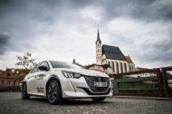 Autoperiskop.cz  – Výjimečný pohled na auta - Všechny tři posádky s elektromobily značky Peugeot úspěšně v cíli Czech New Energies Rallye 2021