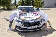 Autoperiskop.cz  – Výjimečný pohled na auta - ŠKODA AUTO darovala 1 milion korun organizaci Zdravotní klaun