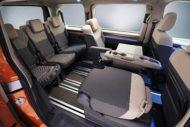 Autoperiskop.cz  – Výjimečný pohled na auta - Světová premiéra modelu Multivan – značka Volkswagen Užitkové vozy představuje automobilový životní styl budoucnosti