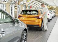 Autoperiskop.cz  – Výjimečný pohled na auta - V hlavním závodě v Mladé Boleslavi byla zahájena sériová výroba nového modelu ŠKODA FABIA
