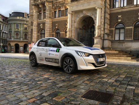 Posádky s e-208 vybojovaly na ECO Energy Rally Bohemia pro značku Peugeot 2. místo v poháru výrobců