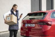 Autoperiskop.cz  – Výjimečný pohled na auta - ŠKODA AUTO nyní umožňuje dodat zásilky do auta díky nové službě Přístup do vozu