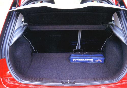 Ford Fiesta Ambiente – Špičkový každým coulem