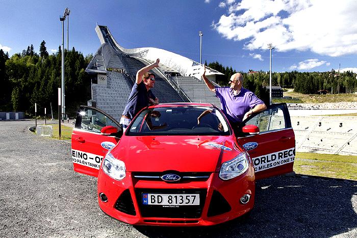 Ford Focus poháněný oceňovaným motorem 1.0 EcoBoost (92 kW) ujel 1 619 km na jedinou nádrž paliva