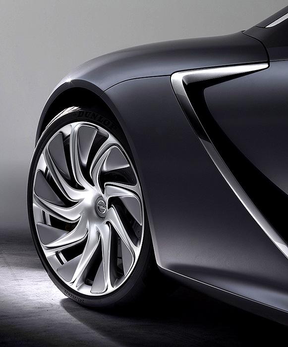 Dunlop navrhl pneumatiky, které zdobí kola nového konceptu Opel Monza