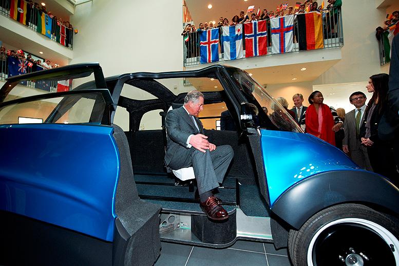 Královská prohlídka nového elektromobilu QBEAK s unikátním šasi z ARPRO®