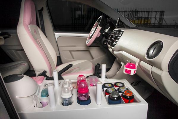 Volkswagen vyhlašuje dražbu unikátního vozu mama up! pro moderní maminky na cestách!