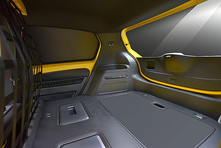 """Volkswagen představil na autosalonu ve Frankfurtu v oblasti """"městské komerční mobility"""" elektricky poháněnou městskou dodávkovou studii """"e-load up!"""""""