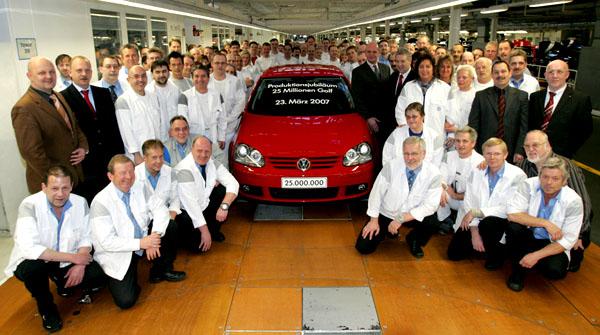 V pátek 23. března vyrobil Volkswagen 25miliontý model Golf!