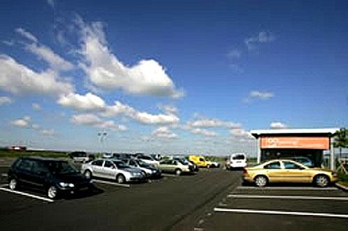Revoluce vparkování na letišti Ruzyně: