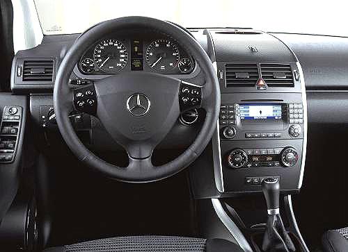 Nová Třída A od Mercedesu přichází s novými impulsy vsegmentu kompaktních automobilů