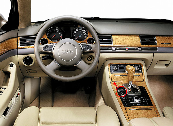 Technologie nového Audi A8 pod lupou: Elektromechanická parkovací brzda