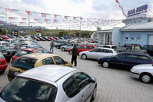 Trenčín se o víkendu stal osmým plně funkčním autocentrem skupiny AAA AUTO na Slovensku.