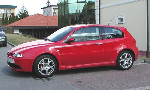 Alfa Romeo představila včera novinářům novou Alfu Romeo 147 GTA a nový turbodiesel 1.9 JTD 16V Multijet