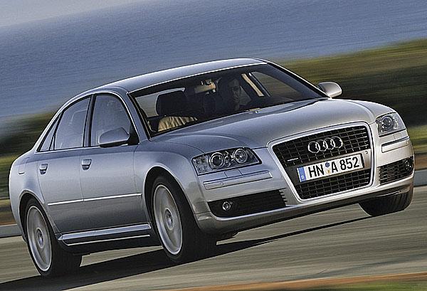 Audi A8 snovou tváří
