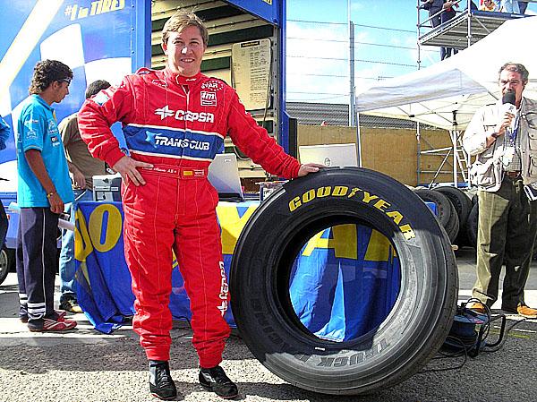 Vítězem FIA evropského poháru tahačů 2006 je Antonio Albacete s pneumatikami Goodyear Truck Racing