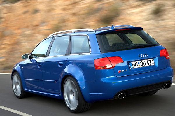 Audi RS 4 Avant a RS 4 Cabriolet