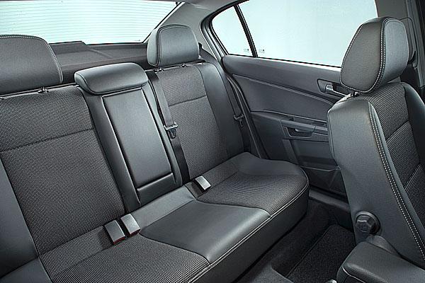 Další nová verze úspěšné modelové řady Opel Astra vprovedení sedan