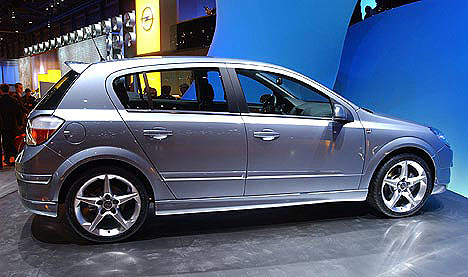 Nová Astra teprve startuje a Opel už registruje na 50 000 objednávek!