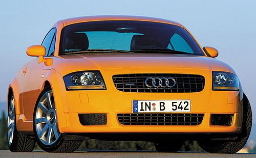 Audi TT Coupé 3,2 quattro do prodeje vpolovině roku 2003 s novou revoluční sportovní převodovkou se systémem řazení bezpřerušení přenášeného výkonu