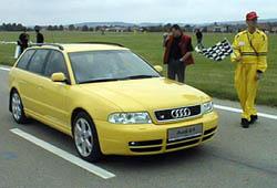 Audi na letišti i na silnici